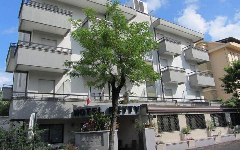 Hotel Betty Italija Rimini Letovanje Olimpturs